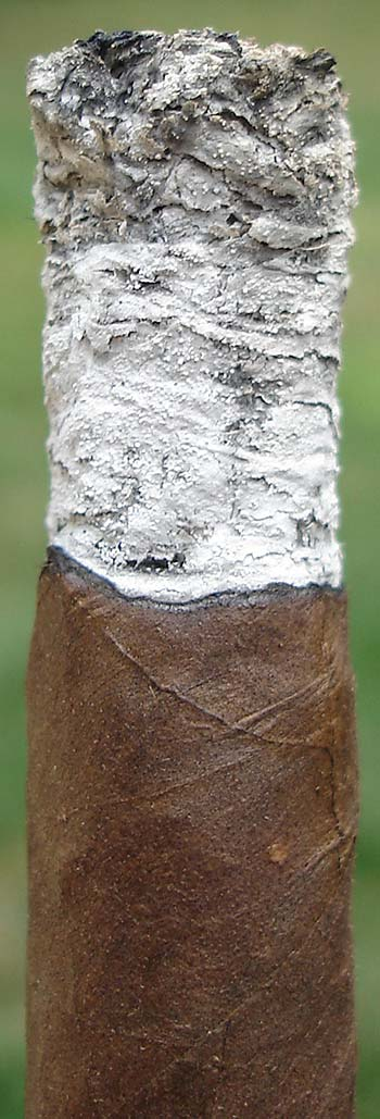 Churchill Maduro Ash Grain